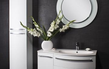 Как сделать черно-белый интерьер ванной стильным